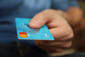 advantages of e-commerce, credit card